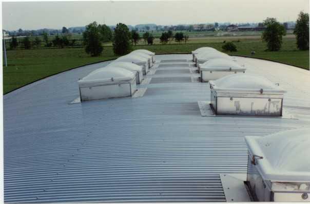 Cupolini for Misure lucernari per tetti